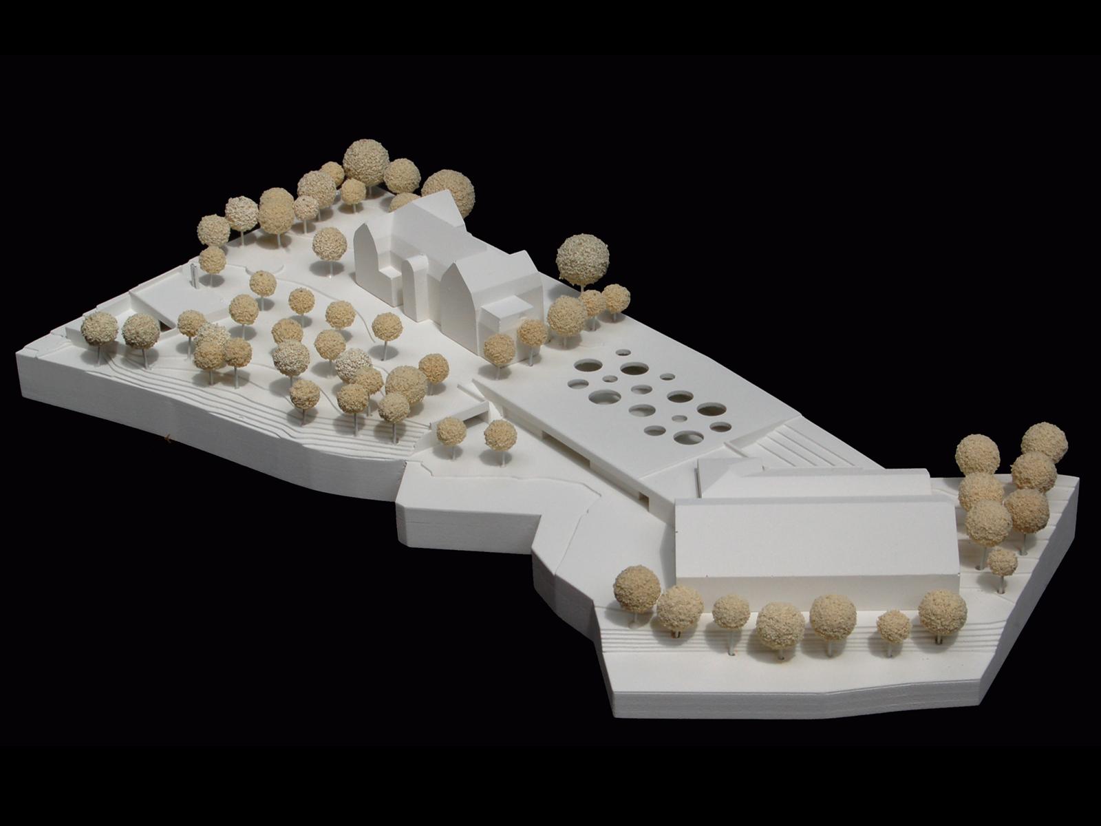 Modell-Wettbewerb-Sporthalle-Pardeck-Tiefgarage und Heizzentrale Miesbach-Engere-Wahl-2010-© Friedrich-Poerschke-Zwink-Architekten