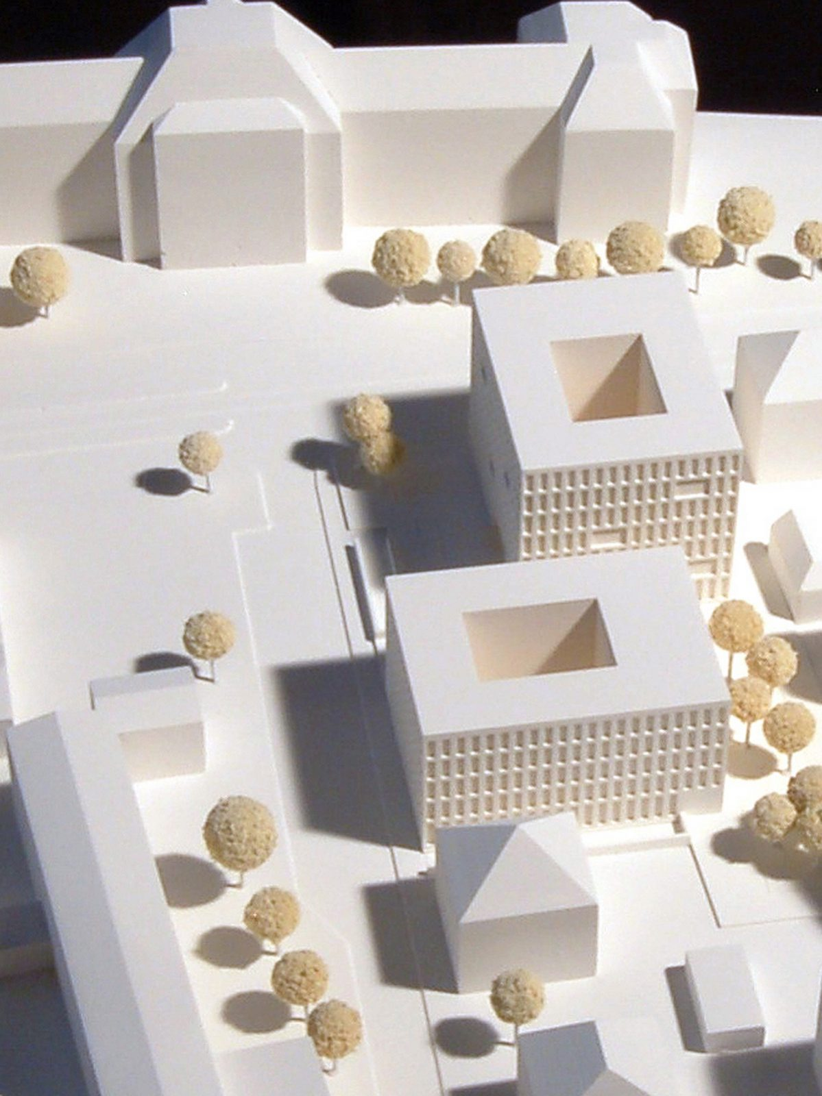 Modellfoto-Wettbewerb-Neubau-Staatanwaltschaft-Ulm-3.Preis-2010-© Friedrich-Poerschke-Zwink-Architekten